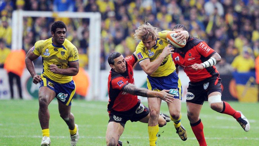 Soyez focus sur les transferts au rugby avec RugbyTransfert