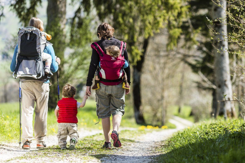 Les dispositions à prendre pour faire de la randonnée avec son enfant
